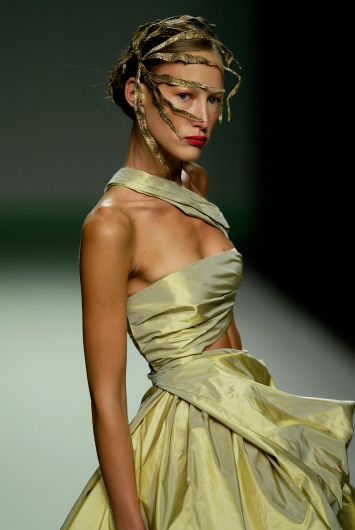 Jesus Del Pozo / Feuilles / Collection Spring Summer 2004
